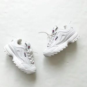 Fila white disruptor sneakers VGUC  size 3 youth